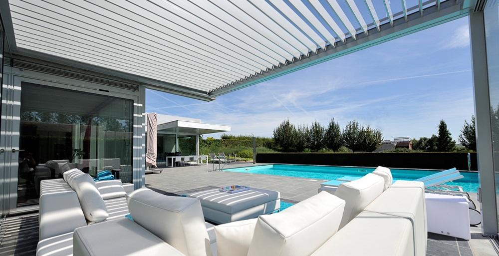Lamellendach als Balkon- oder Terrassen-Überdachung